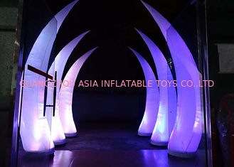 چین Party Stage Decoration Inflatable Cone with LED Lighting کارخانه