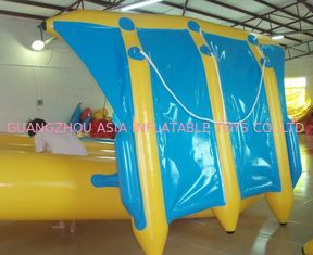 چین Exciting Inflatable Flying Fish Boat for Entertainment , Easy To Set Up کارخانه