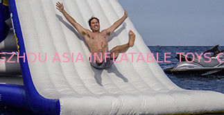 Durability Inflatable Water Slide For Kids , Non-Rotting Yacht Slide تامین کننده