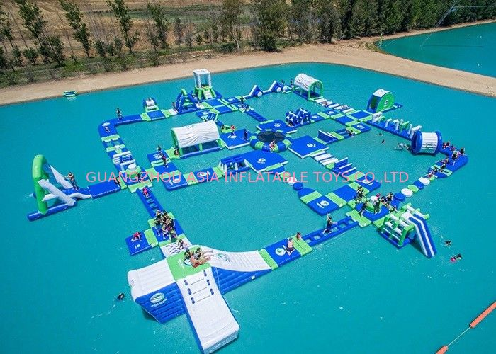 Open Water Inflatable Aqutic Sports Park With 0.9mm PVC Tarpaulin تامین کننده