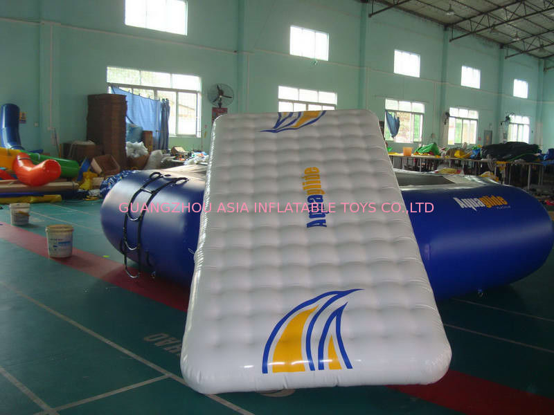 Custom Aquaglide Runway for Aquaglide Trampolines  Water parks تامین کننده