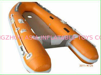 Custom Inflatable Sports Boat 2 Main Chambers On Hull for Extra Security تامین کننده