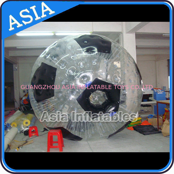 Football Shape Inflatable Zorb Ball , Zorbing Ball Used On The Sea تامین کننده